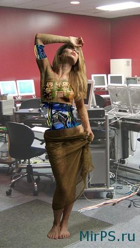 Девшка - робот в фотошопе